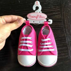 Baby girl 3-6 months shoes!
